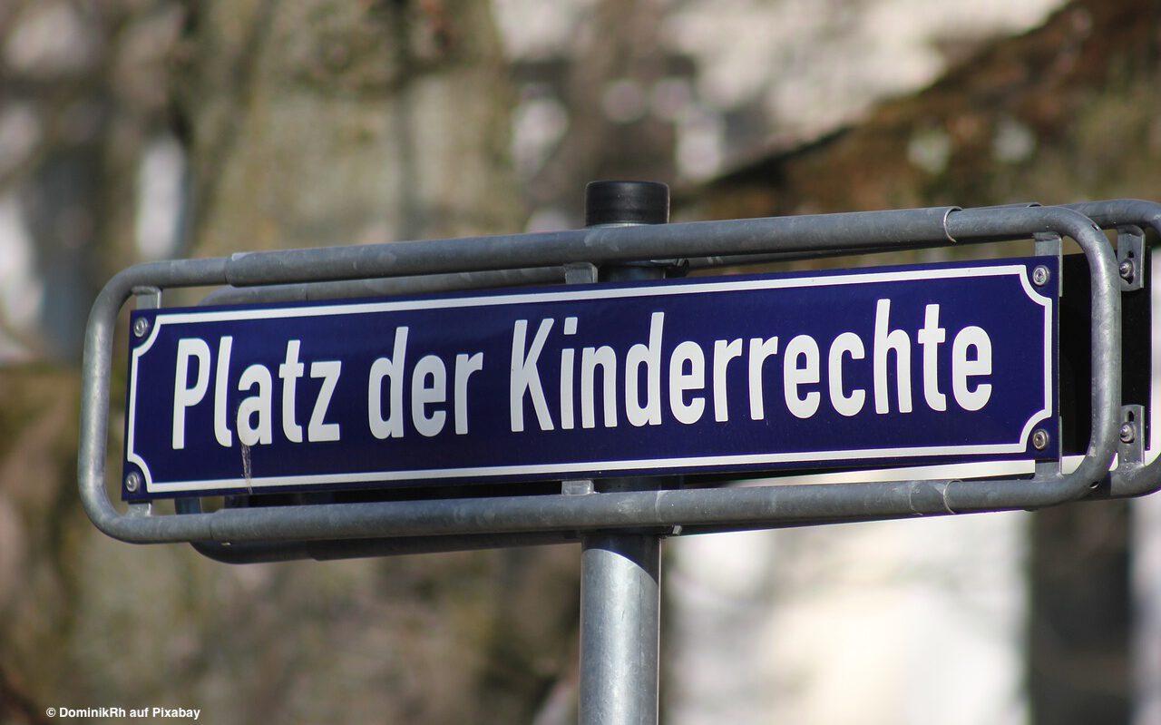 """Read more about the article Mehr als 100 Organisationen fordern """"Kinderrechte ins Grundgesetz! – aber richtig!"""""""