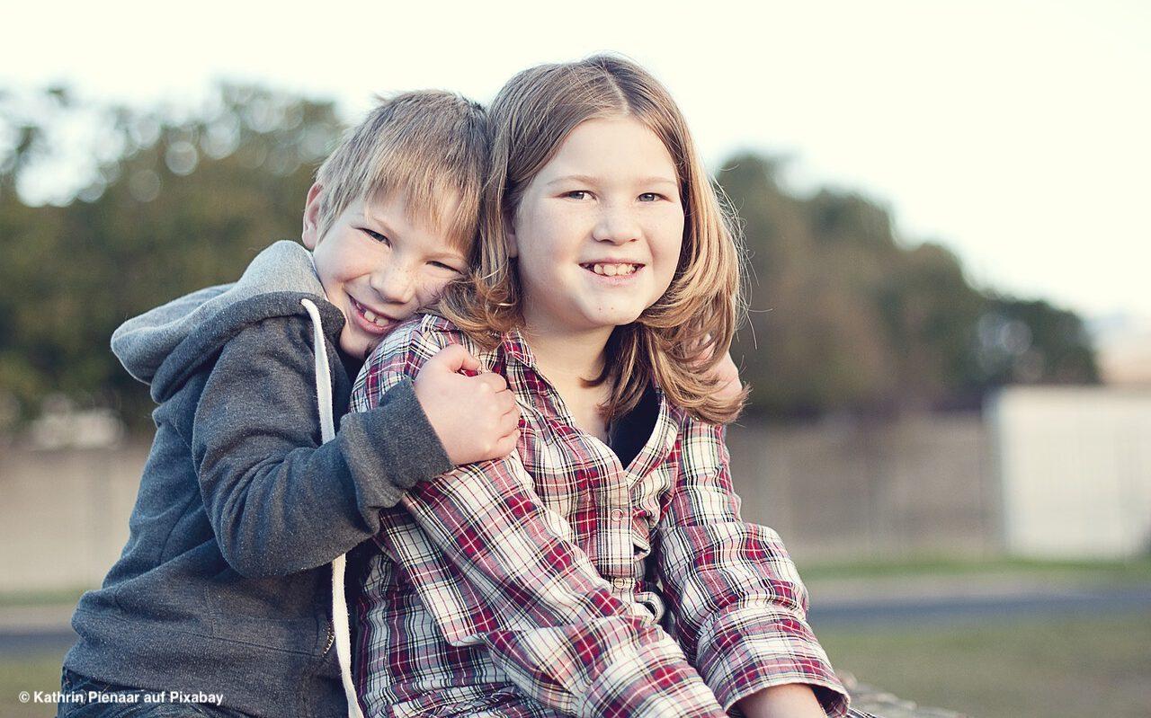 Geschwister prägen ein Leben lang